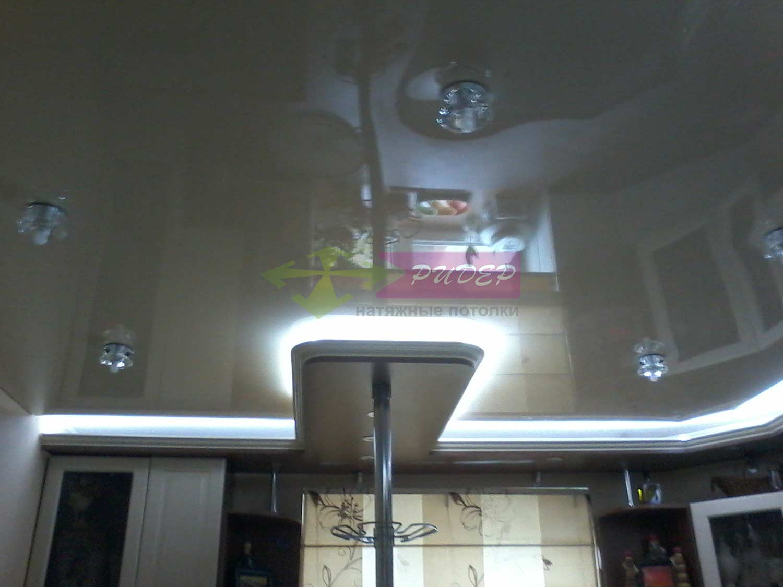Светильники в натяжных потолках в Калининграде по ул. Минусинская