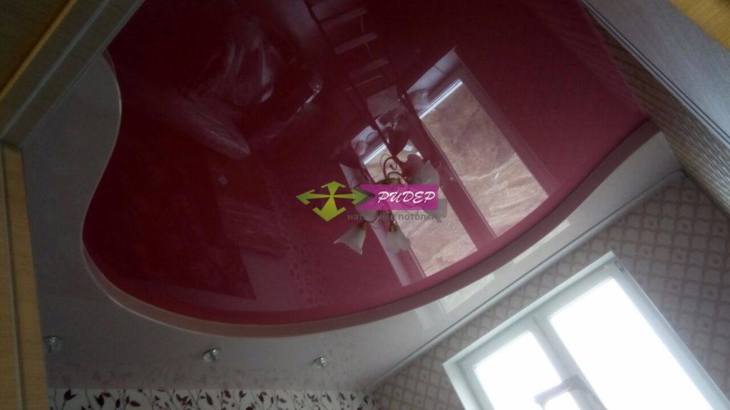 Глянцевые натяжные потолки: монтаж и установка в Калининграде недорого